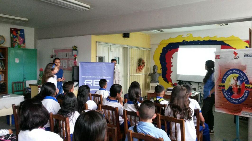 liceo-antonio-romulo-costa-28-11
